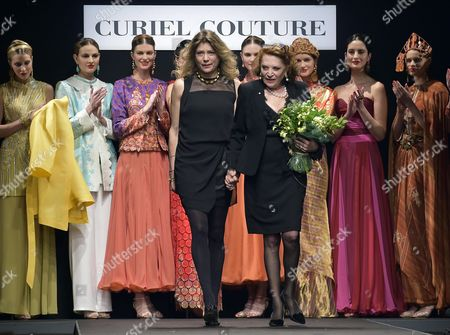 Italian Designer Raffaella Curiel (r) and Her Daughter Gigliola Curiel (l) Pose in Front of Models After Presenting Their Spring/summer 2015 Collection For Italian Label Curiel Couture During the Altaromaaltamoda Fashion Week in Rome Italy 01 February 2015 the Event Runs From 30 January to 02 February Italy Rome