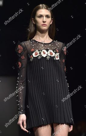Stock Image of A Model Presents a Creation From the Fall/winter 2015-2016 Collection of Italian Designer Salvatore Piccione For His Label Piccione Piccione During the Altaromaaltamoda Fashion Week in Rome Italy 31 January 2015 the Event Runs From 30 January to 02 February Italy Rome