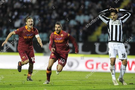 Player of As Roma Simone Perrotta Celebrates After Scoring a Goal During Their Serie a Soccer Match at 'Artemio Franchi ' Montepaschi Arena in Siena Italy 02 December 2012 Italy Siena