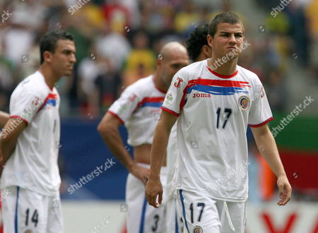 Gabriel Badilla From Costa Rica and Teammates Randall Azofeifa (l) and Luis Marin (c) Leave the Pit After the Group a Preliminary Match of 2006 Fifa World Cup Between Ecuador and Costa Rica in Hamburg Thursday 15 June 2006 Ecuador Won 3-0 Germany Hamburg