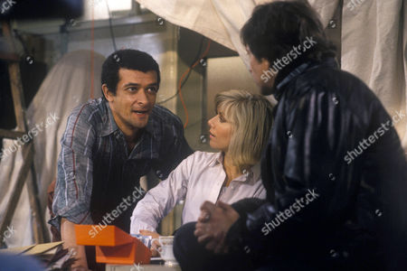 'Dempsey and Makepeace'   TV Jericho Scam Michael Brandon and Glynis Barber with Tony Osoba