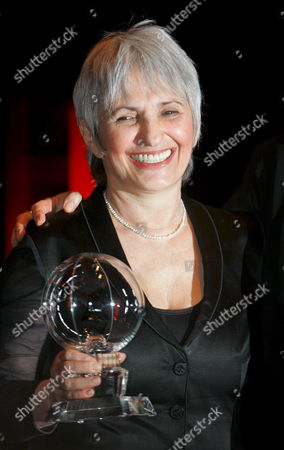 Israeli Writer Aliza Olmert Wife of Israel's Prime Minister Ehud Olmert Holds Up Her Award During the Bestowal Ceremony of the Steiger Awards in Bochum Germany 08 March 2008 the Award Granted Every Year Since 2005 Honours Outstanding Personalities From the World of Culture Art and Society Germany Bochum