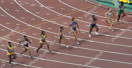 Athletes (l-r) Jamaican Kerron Stewart Usa's Carmelita Jeter Veronica Campbell From Jamaica Usa's Torri Edwards French Christine Arron Usa's Lauryn Williams Belgian Kim Gevaert and Oludamola Osayomi From Nigeria Are on Their Way During the Women's 100m Final at the 11th Iaaf World Championships in Athletics Osaka Japan 27 August 2007 Campbell Won the Gold Medal Japan Osaka