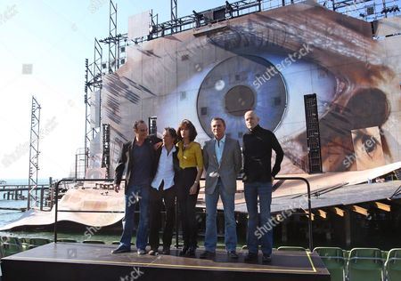 Actors Anatole Taubmann (l-r) Mathieu Almaric Olga Kurylenko Daniel Craig and Director Marc Forster (r) Pose For a Photo Call on the Stage of Open Air Theatre 'Festbuehne' in Bregenz Austria 6 May 2008 the Latest James Bond Movie 'Quantum of Solace' is Currently Being Shot in Bregenz It is Scheduled to Kick Off at Cinemas in November 2008 Austria Bregenz