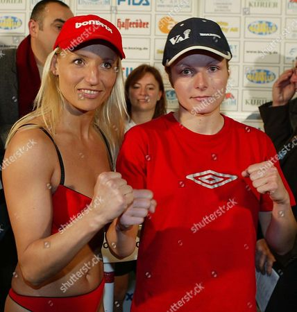 Daisy Lang (left) From Duesseldorf and Her Bulgarian Opponent Galina Ivanowa Square Up During the Weigh-in For Their Junior Bantamweight Wibf World Championship Fight in Bayreuth Friday 14th November 2003 the Fight Takes Place Tomorrow Evening Germany Bayreuth