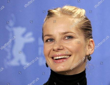 Polish Actress Magdalena Cielecka Poses During a Photo Call on Her Film 'Katyn' at the Berlin International Film Festival in Berlin Germany 15 February 2008 the Film Runs out of Competition at the 58th Berlinale Germany Berlin