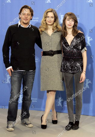 Danish Actors Anders W Berthelsen (l) and Sarah Juel Werner (r) with Their Norwegian Colleague Maria Bonnevie During a Photo Call For the Film 'What No One Knows' (det Som Ingen Ved) at the 58th Berlin International Film Festival in Berlin Germany 11 February 2008 the Film Runs in the Panorama Section at the 58th Berlin Film Festival Germany Berlin