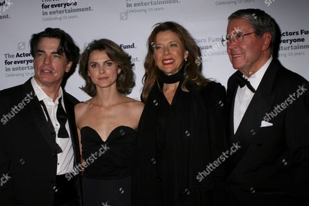 Peter Gallagher, Keri Russell, Annette Bening, Brian Bedford