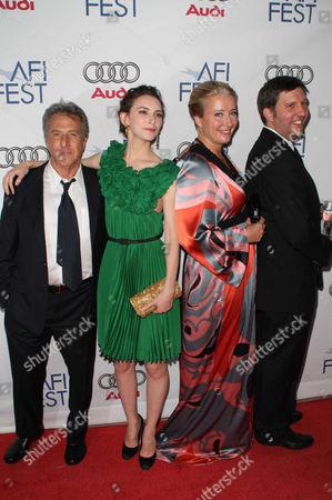 Dustin Hoffman, Emma Thompson, Liane Balaban and Joe Hopkins