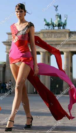 Model Nadine Wears Clothes Designed by Nanna Kuckuck in Front of the Brandenburg Gate in Berlin Germany Monday 10 January 2005 the Presentation Took Place For a Press Conference Concerning the Fashion Fair 'B-in-berlin' Which Will Occur For the First Time in the Capital Between 21 and 23 January 2005 Two-hundred Exhibitors From Thirteen Countries Will Present Women's and Men's Fashion in Four Halls Near the Radion Tower Germany Berlin