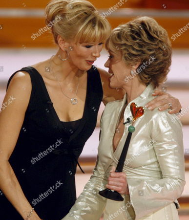 Veteran Hollywood Star Jane Fonda (right) Receives Her Golden Heart Award For Her Support of Teenage Girls From German Presenter Veronika Ferres Late 15 December 2007 at a Special Charity Gala Occasion Entitled 'A Heart For Children' Fonda who Will Be 70 on 21 December was Presented with the Award During a Live Broadcast Gala Ceremony Fonda Founded an Organisation in 1994 in Atlanta Georgia That Helps Protect Teenage Girls From Unwanted Pregnancies Germany Berlin