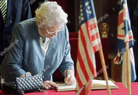 Lady Mary Soames Daughter of Winston Churchill Signs the Guest Book at Cecilienhof in Potsdam Germany Thursday 4 May 2006 She Visited the Palace Hosting the Potsdam Conference of the Allied Victorious Forces of Wwii Germany Potsdam