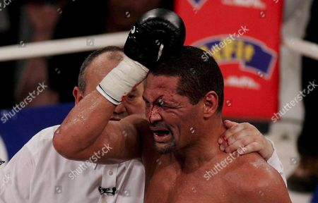 Us Boxing Wba Champion Virgil Hill Reacts During His Rematch Fight Against German Boxing Legend Henry Maske in Munich Germany Saturday 31 March 2007 Maske Won the Bout in His First Fight Since His Defeat Against Hill in November 1996 Germany Munich