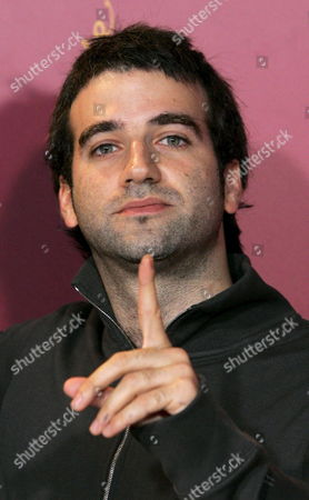 Argentinian Actor Daniel Hendler Gestures During a Photo Call For His Latest Film 'Family Law' at the 56th International Berlinale Film Festival 2006 in Berlin Germany Friday 10 February 2006 'Family Law' Competes For the Festivals 'Golden Bear' Award Germany Berlin
