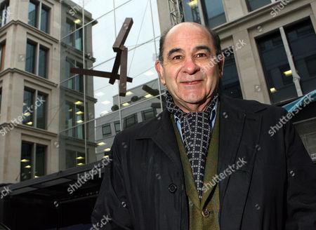 Joel Shapiro and his sculpture 'Here'
