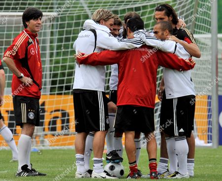Editorial picture of Switzerland Soccer Euro 2008 Training - Jun 2008