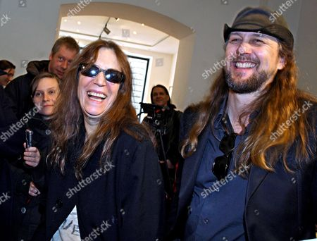 Us Singer Patti Smith (l) and Us Photographer and Director Steven Sebring (r) at the 'Artmbassy' Gallery in Berlin Germany 08 February 2008 Both Attended the Screening of Documentary 'Dream of Life' on the Artist's Life of Smith the 'Godmother of Punk' Germany Berlin