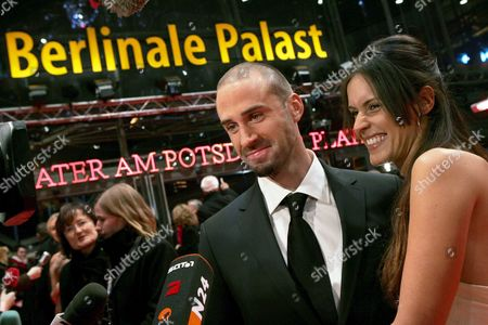 British Actor Joseph Fiennes (l) and His Girlfreind Natalie Jackson Mendoza Pose on the Red Carpet of the Berlinale Film Festival Prior to the Screening of the Movie 'Goodbye Bafana' Sunday 11 February 2007 Germany Berlin