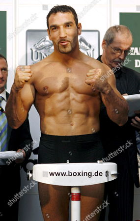 German Interim Wba Cruiserweight Champion Firat Arslan Poses During the Official Weighing in Dresden Germany 23 November 2007 Defending Wba Cruiserweight Champion Us Virgil Hill who Lost an Unofficial Re-bout to German Henry Maske on Points Will Make a Mandatory Defense of His 'Regular' Wba Title on 24 November Taking on Arslan Germany Dresden