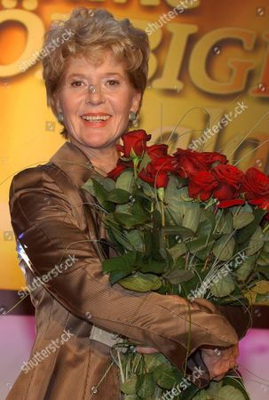 Actress Christiane Hoerbiger ('schtonk') Holds a Bunch of Red Roses Saturday 09 April 2005 After the Recording of the 'Christiane Hoerbiger Gala' to Be Screened on 26 May the 66-year-old Actress was Honoured For Her 50th Cinema Anniversary Germany Hamburg