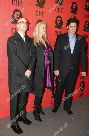 Director Steven Soderbergh, producer Laura Bickford and actor  Benicio del Toro