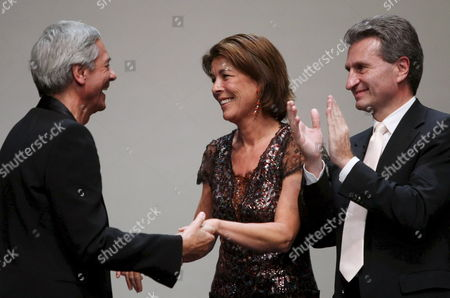 Caroline Princess of Hanover who Held the Laudation (m) Congratulates Chief of the Choreographer Hamburg Ballet John Neumaier (l) For Winning the Karajan Music Award 2007 in the 'Festspielhaus' in Baden-baden Germany G?nther Oettinger Prime Minister of Baden-wuettemberg Germany Baden-baden