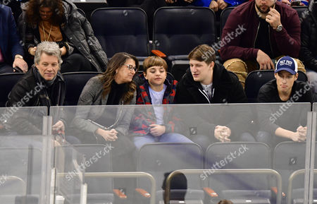 Editorial photo of Celebrities at Columbus Blue Jackets v New York Rangers, NHL ice hockey match, Madison Square Garden, New York, USA - 31 Jan 2017