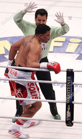Challenger Odlanier Solis From Kuba is out Counted by the Referee During the First Round of His Wbc Heavyweight Title Bout Against World Boxing Champion Vitali Klitschko of the Ukraine in Cologne Germany 19 March 2011 Germany Cologne