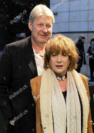 German Actress Hannelore Hoger (r) and Swedish Actor Rolf Lassgard (l) Arrive For the Screening of Their New Crime Thriller 'Bella Block - Das Schwarze Zimmer' on the Green Carpet of the Cinemaxx Film Theatre in Hamburg Germany 4 October 2010 Until 9 October Films From 51 Countries Will Be Shown in Six Hamburg Cinemas Germany Hamburg