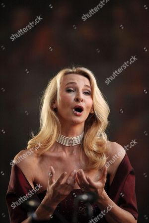 Austria Singer Eva Lind Sings During the Memorial Concert For the Tenth Anniversary of the Death of Hannelore Kohl at the Trinity Church in Speyer Germany 05 July 2011 Hannelore Kohl was the Wife of Former German Chancellor Helmut Kohl Germany Speyer