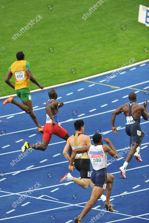 Usain Bolt of Jamaica (l-r) Alonso Edward of Panama Robert Hering of Germany Rolando Palacios of Hunduras and Shawn Crawford of Usa Compete in the 200m Semi Final at the 12th Iaaf World Championships in Athletics Berlin Germany 19 August 2009 Germany Berlin