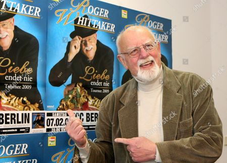 British Singer Roger Whittaker Presents His New German-language Album 'Liebe Endet Nie' ('love Never Ends') in Berlin Germany 24 November 2008 Whittaker Will Be on Tour Through 28 German Cities From January 2009 Onwards Germany Berlin