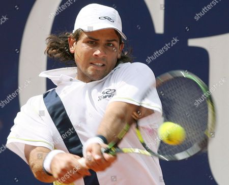 Eduardo Schwank From Argentina Hits the Ball During His 'Mercedescup' First Round Match Against Countryman Guillermo Coria in Stuttgart Germany 8 July 2008 Germany Stuttgart