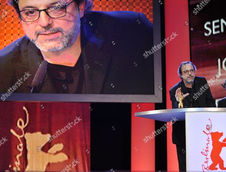 Turkish Director Hasan Semih Kaplanoglu Addresses the Audience After Receiving the Golden Bear For the Best Film For the Movie 'Honey' During the Award Ceremony of the 60th Berlinale International Film Festival in Berlin Germany 20 February 2010 Up to 400 Films Are Shown Every Year As Part of the Berlinale's Public Programme the Berlinale is Divided Into Different Sections Each with Its Own Unique Profile Germany Berlin