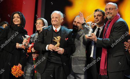 (l-r) Iranian Actresses Sareh Bayat and Sarina Farhadi Ali Asghar Shahbazi Director Asghar Farhadi Actors Peyman Moadi and Babak Karimi Pose with Their 'Golden Bear' and 'Silver Bear' Awards For the Film 'Nader and Simin a Separation' ('jodaeiye Nader Az Simin') During the Awarding Ceremony of the 61st Berlinale International Film Festival in Berlin Germany on 19 February 2011 Evening Iranian Director Asghar Farhadi's Movie 'Jodaeiye Nader Az Simin' (nader and Simin a Separation) Scooped Up a String of Top Prizes at the Berlin Film Festival on 19 February Including the Berlinale's Prestigious 'Golden Bear' For Best Motion Picture Germany Berlin