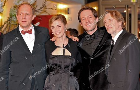 (l-r) German Actor Ulrich Tukur French Actress Anne Consigny German Director Florian Gallenberger and Us Actor Steve Buscemi Arrive For the Premiere of the Film 'John Rabe' at the 59th Berlin International Film Festival in Berlin Germany 06 February 2009 the Film Runs in the Berlinale Special Section a Total of 18 Films Compete For the Silver and Golden Bears of the 59th Berlinale Germany Berlin
