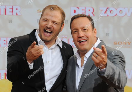 Us Actor/cast Member Kevin James (r) and German Actor Mario Barth (l) Pose For a Phototgraph As They Arrive For the Premiere of 'Zookeeper' Ináberlin ágermany 20 June 2011 the Movie by Us Director Frank Coraci Opens in German Theatres on 07 July Germany Berlin