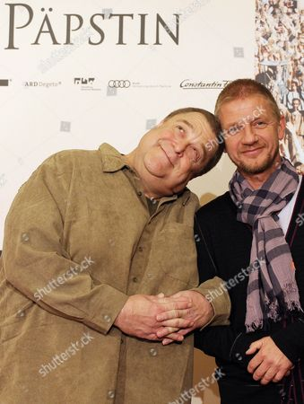 Us Actor John Goodman (l) and German Director Soenke Wortmann Pose During a Photocall on Their Film 'Pope Joan' in Berlin Germany 19 October 2009 the Film Will Open in German Cinemas on 22 October Germany Berlin