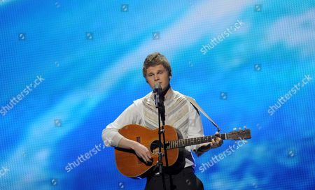 Stock Picture of Paradise Oskar Representing Finland Performs During a Dress Rehearsal For the Final of the Eurovision Song Contest in Duesseldorf Germany 13 May 2011 the Finale of the 56th Eurovision Song Contest Takes Place on 14 May 2011 Germany Duesseldorf
