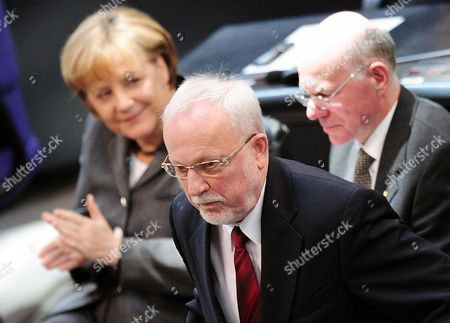 The Last Gdr Prime Minister Lothar De Maiziere (c) Delivers a Speech Followed by President of the German Bundestag Norbert Lammert (r) and German Chancellor Angela Merkel (l) During a Ceremony in Berlin Germany 18 March 2010 German Bundestag Commemorated the 20th Anniversary of the First and Only Free Elections in the Gdr Held on 18 March 1990 Germany Berlin