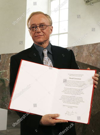 Israeli Writer David Grossmann Presents the Award of the Peace Prize of the German Book Trade in the Paulskirche in Frankfurt Germany 10 October 2010 Grossmann is Awarded the Peace Prize of the German Book Trade For His Books 'Demonstrating That the Violence and Hatred in the Middle East Can Be Overcome Only by Listening and Using the Power of the Word ' According to the Jury Germany Frankfurt Am Main
