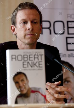 Author Ronald Reng Presents His Biography of Late German National Soccer Goalkeeper Robert Enke During the Book Fair in Frankfurt-am-main Germany 04 October 2010 the Author was a Friend of Enke's who Committed Suicide on 10 November 2009 Germany Frankfurt Am Main
