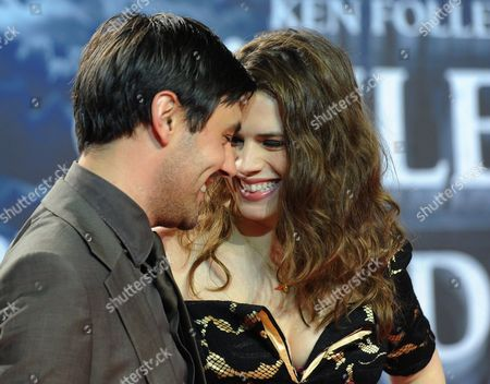 British Actors Liam Garrigan (l) and Hayley Atwell at the Premiere of 'Die S?ulen Der Erde' (the Pillars of the Earth) Sat 1 Will Air the Four-part Television Program As of 15 November 2010 Germany Berlin