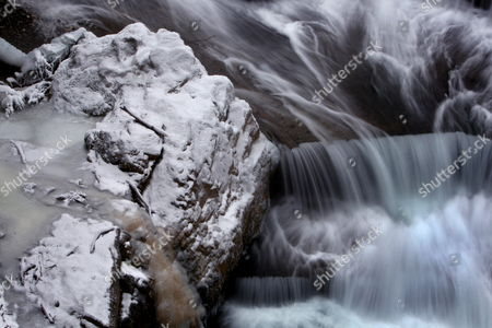 The Rocks at the Banks of the 'Lechfall' Weir Are Covered in Snow and Ice Near Fuessen Germany 07 January 2009 the Weather in Southern Bavaria is Dominated by Temperatures Between Two and Seven Degrees Below Zero Epa/karl-josef Hildenbrand Germany Fuessen