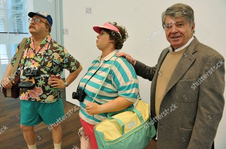 German Art Collector Frieder Burda (r) Poses For a Photograph with a Pair of Life-size Figures 'Tourist Ii' by Us Artist Duane Hanson in the Large Exhibition Hall of the Museum Frieder Burda in Baden-baden Germany 24 November 2010 Works by the Two American Artists Duane Hanson (1925 1996) and Gregory Crewdson (born in 1962) Are Part of an Exhibition Entitled Duane Hanson / Gregory Crewdson Uncanny Realities That Runs From 27 November 2010 to 06 March 2011 Germany Baden-baden