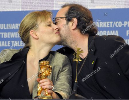 Turkish Director Hasan Semih Kaplanoglu who Won the Golden Bear For the Best Film For the Movie 'Honey' Kisses Producer Bettina Brokemper During the Press Conference After the Closing Ceremony of the 60th Berlinale International Film Festival in Berlin Germany 20 February 2010 Up to 400 Films Are Shown Every Year As Part of the Berlinale's Public Programme the Berlinale is Divided Into Different Sections Each with Its Own Unique Profile Germany Berlin