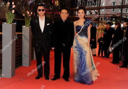 (l-r) Chinese Actor Sun Honglei Director Zhang Yimou and Actress Ni Yan Arrive at the Premiere of the Film 'A Woman a Gun and a Noodle Shop' (san Qiang Pai an Jing Qi) at the 60th Berlin International Film Festival in Berlin Germany 14 February 2010 the Movie is Presented in Competition at the Berlinale 2010 Running Until 21 February Germany Berlin