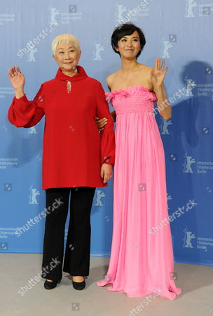 Chinese Actresses Monica Mo (r) and Lisa Lu Attend the Photocall For Their Movie 'Tuan Yuan' ('alone Together') Which Will Open the 60th Berlinale International Film Festival in Berlin Germany 11 February 2010 the Festival Runs Until 21 February Germany Berlin