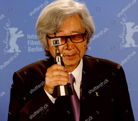 Japanese Director Yoji Yamada Poses with His Trophy the 'Berlinale Camera' For His Work During the Awarding Ceremony of the 60th Berlinale International Film Festival in Berlin Germany 20 Febuary 2010 Germany Berlin