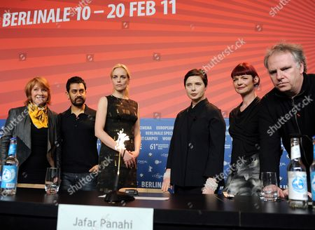 Jury Members Australian Producer Jan Chapman (l-r) Indian Actor Aamir Khan German Actress Nina Hoss Jury President and Italian Actress Isabella Rossellini British Costume Designer Sandy Powell and Canadian Director Guy Maddin Pose Around the Empty Seat of Jury Member and Iranian Director Jafar Panahi at the Press Conference of the Jury of the 61st Berlin International Film Festival in Berlin Germany 10 February 2011 Panahi Cannot Take Part in the Festival Because He was Sentenced to Six Years in Prison by an Iranian Court in December 2010 the 61st Berlinale Takes Place From 10 to 20 February 2011 Germany Berlin